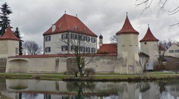 Замок Блютенбург Мюнхен