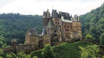 Замок Эльц в Германи